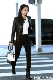103-BLACKPINK-Jennie-Airport-Photos-Incheon-to-France-Paris-Fashion-Week