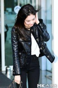 107-BLACKPINK-Jennie-Airport-Photos-Incheon-to-France-Paris-Fashion-Week