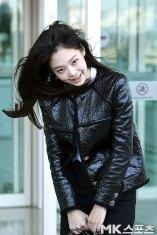113-BLACKPINK-Jennie-Airport-Photos-Incheon-to-France-Paris-Fashion-Week
