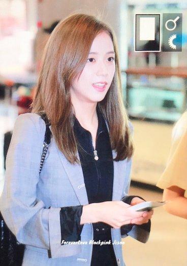 13-BLACKPINK Jisoo Airport Photo 17 September 2018 Gimpo to Japan