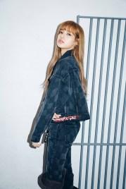 13-BLACKPINK Lisa X-girl Japan Nonagon Collaboration