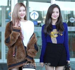 15-BLACKPINK Jisoo Airport Photo Incheon New York Fashion Week