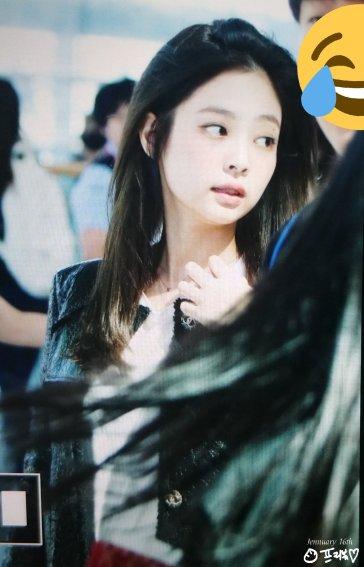 16-BLACKPINK Jennie Airport Photos Incheon to Paris Fashion Week