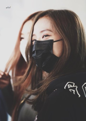 16-BLACKPINK Jisoo Airport Photo Incheon Seoul From New York