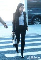 18-BLACKPINK-Jennie-Airport-Photos-Incheon-to-France-Paris-Fashion-Week