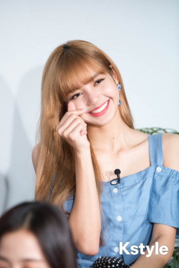 2-BLACKPINK LINE Live Japan HQ Photos