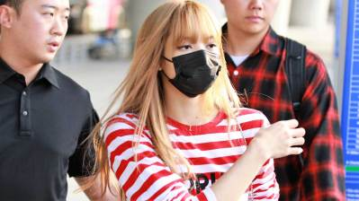 23-BLACKPINK Lisa Airport Photo Incheon Seoul From New York