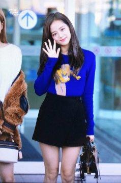 24-BLACKPINK Jisoo Airport Photo Incheon New York Fashion Week