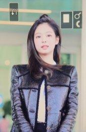 26-BLACKPINK Jennie Airport Photos Incheon to Paris Fashion Week