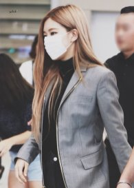 27-BLACKPINK Rose Airport Photo Incheon Seoul From New York