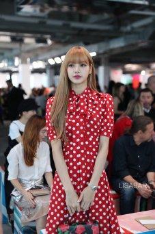28-BLACKPINK Lisa Michael Kors New York Fashion Week 2018