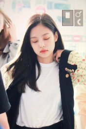 3-BLACKPINK Jennie Airport Photo 17 September 2018 Gimpo to Japan