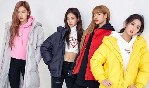 3-BLACKPINK-Jennie-Lisa-GUESS-Lotte-Malls-Photo