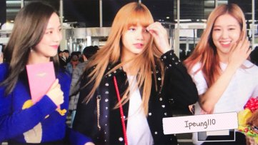 3-BLACKPINK-Jisoo-Rose-Lisa-JFK-Airport-Photo-New-York-City