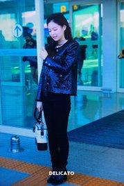32-BLACKPINK Jennie Airport Photos Incheon to Paris Fashion Week