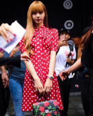 32-BLACKPINK Lisa Michael Kors New York Fashion Week 2018