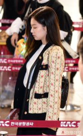 33-BLACKPINK Jennie Airport Photo 17 September 2018 Gimpo to Japan