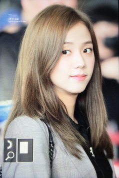 34-BLACKPINK Jisoo Airport Photo 17 September 2018 Gimpo to Japan