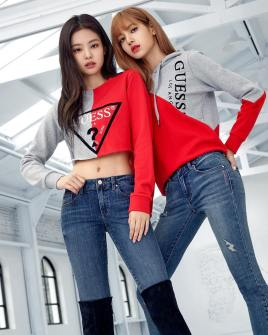 4-BLACKPINK-GUESS-Lotte-Wherever-GUESS