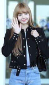 4-BLACKPINK Lisa Airport Photo Incheon New York Fashion Week