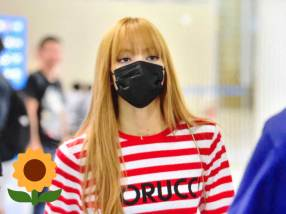 4-BLACKPINK Lisa Airport Photo Incheon Seoul From New York