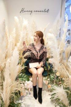 42-BLACKPINK-Lisa-Moonshot-Yoo-In-Na-Product-Launch-Event-Myeongdong