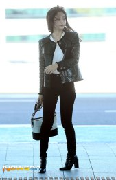 46-BLACKPINK-Jennie-Airport-Photos-Incheon-to-France-Paris-Fashion-Week