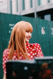 5-BLACKPINK Lisa Michael Kors New York Fashion Week 2018