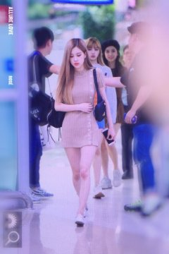 6-BLACKPINK-Rose-Airport-Photo-Gimpo-19-September-2018