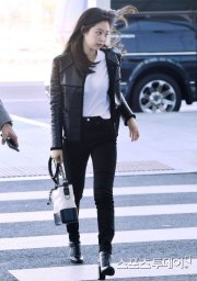 85-BLACKPINK-Jennie-Airport-Photos-Incheon-to-France-Paris-Fashion-Week