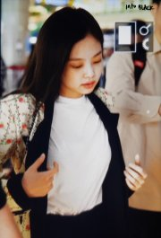 9-BLACKPINK Jennie Airport Photo 17 September 2018 Gimpo to Japan