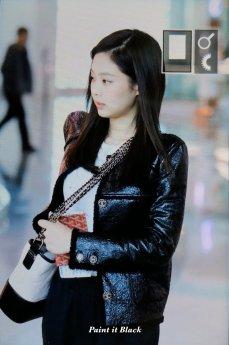 97-BLACKPINK Jennie Airport Photos Incheon to Paris Fashion Week