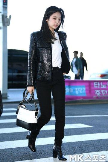 98-BLACKPINK-Jennie-Airport-Photos-Incheon-to-France-Paris-Fashion-Week