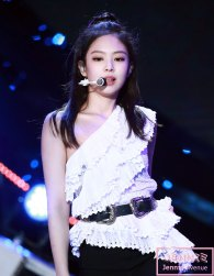 16-HQ-BLACKPINK-Jennie-BBQ-SBS-Super-Concert-2018