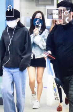 19-BLACKPINK-Jennie-Airport-Photos-Incheon-7-October-2018