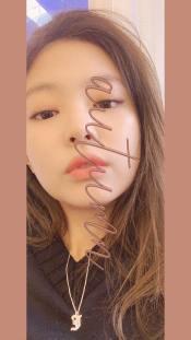 2-BLACKPINK Jennie Instagram Story 23 October 2018