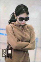 24-BLACKPINK-Jennie-Airport-Photo-Incheon-20-October-2018