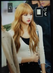 25-BLACKPINK-Lisa-Airport-Photo-10-October-2018-From-Japan