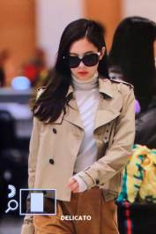 26-BLACKPINK-Jennie-Airport-Photo-4-October-2018-from-Paris