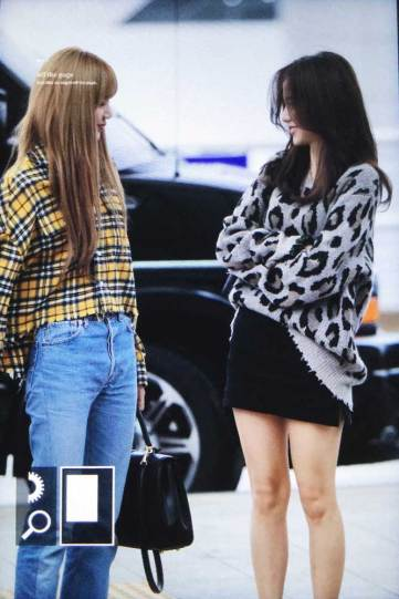 26-BLACKPINK-Jisoo-Airport-Photos-Incheon-5-October-2018