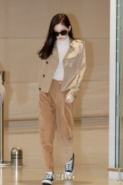 45-BLACKPINK Jennie Airport Photo 4 October 2018 from Paris