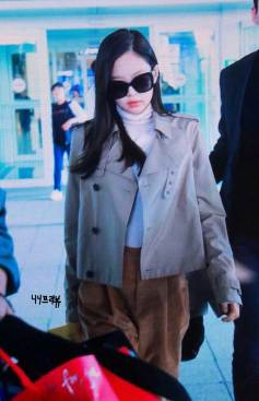 50-BLACKPINK-Jennie-Airport-Photo-4-October-2018-from-Paris