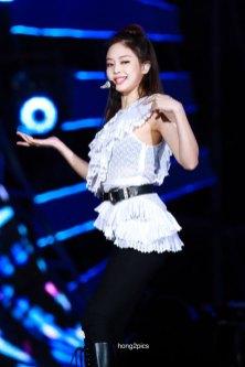 6-HQ-BLACKPINK-Jennie-BBQ-SBS-Super-Concert-2018