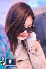 61-BLACKPINK-Jennie-Airport-Photo-4-October-2018-from-Paris