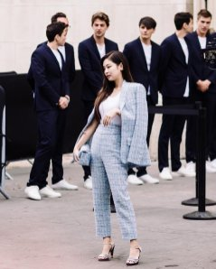 7-BLACKPINK Jennie Chanel Paris Fashion Week Magazine Photos