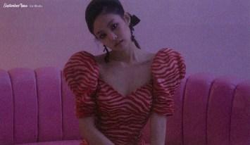 39-HQ Scan BLACKPINK Jennie SOLO Photobook