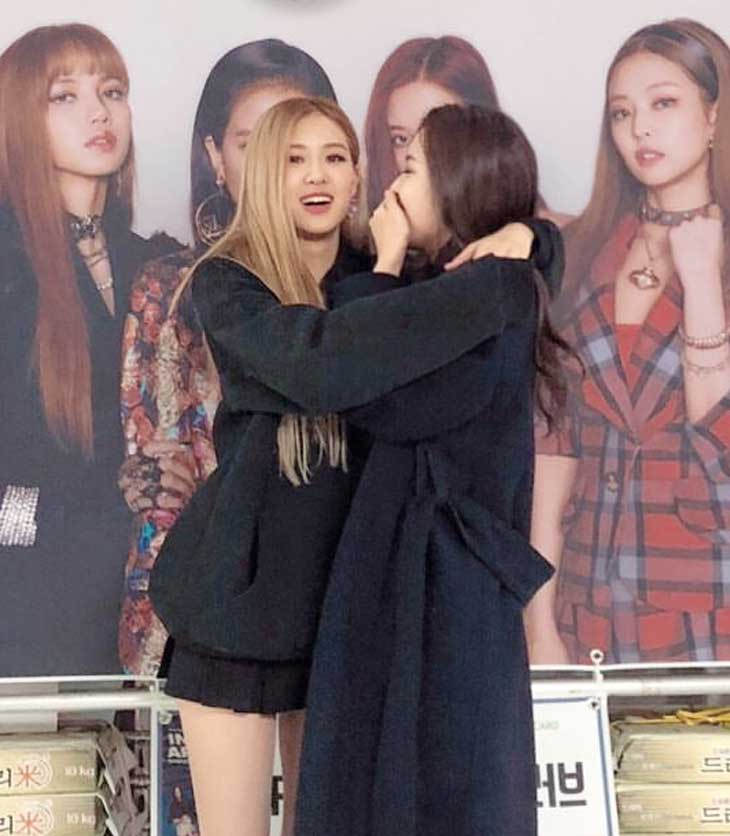 Alice Shares New Photos with BLACKPINK Rosé on Instagram Story