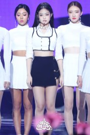 2-BLACKPINK Jennie SOLO Music Core 15 Dec 2018