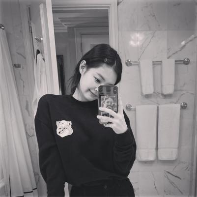 6-BLACKPINK Jennie Instagram Photo 23 December 2018