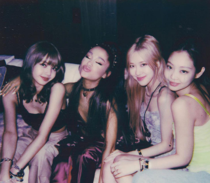 Ariana Grande Shared New Photo with BLACKPINK Jennie, Rosé, Lisa